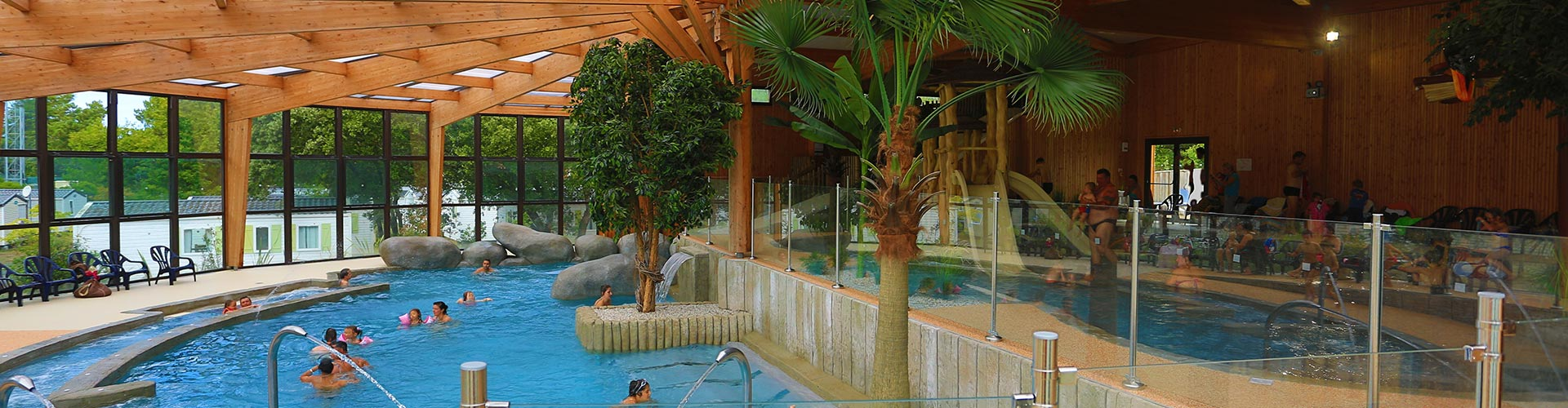 Le palace campsite in soulac sur mer 4 star campsite in for Camping gironde piscine